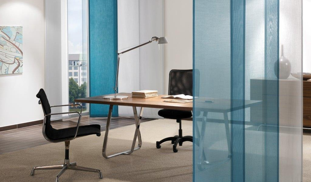 Manually operated contemporary panel room dividers