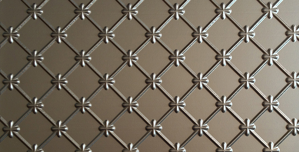 Metal and glass wallcovering