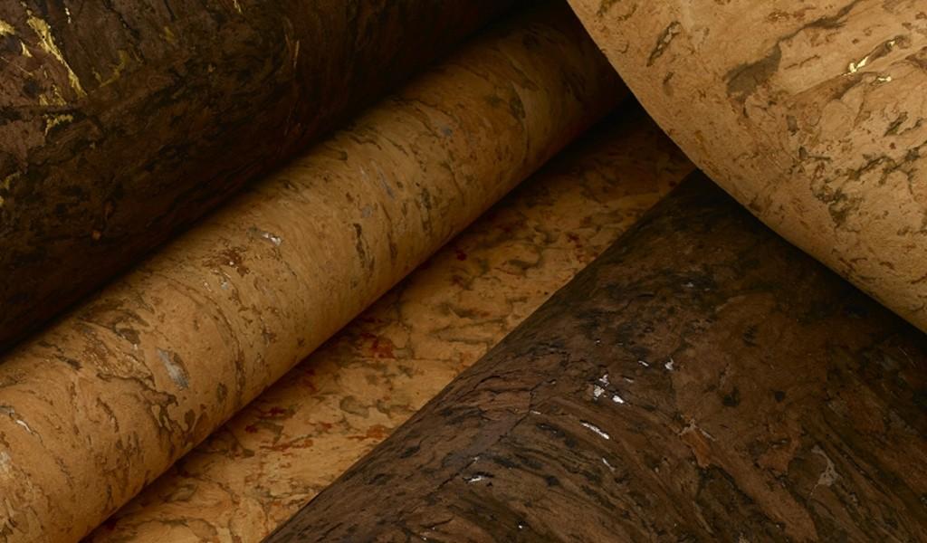 Natural bark wallcovering
